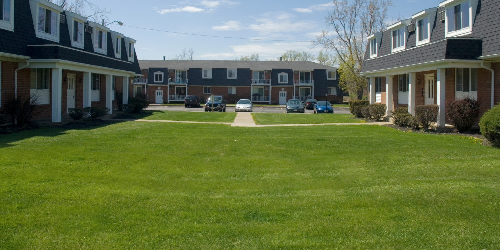 Astounding Lancer Court Apartments Buffalo Management Group Beutiful Home Inspiration Semekurdistantinfo